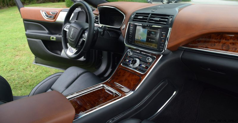 Lincoln Continental 2017 Interior 3