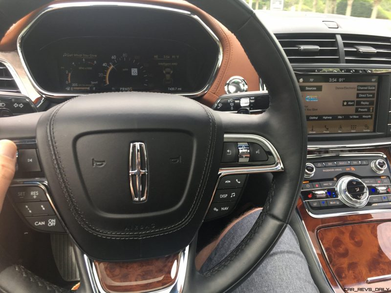 Lincoln Continental 2017 Interior 32