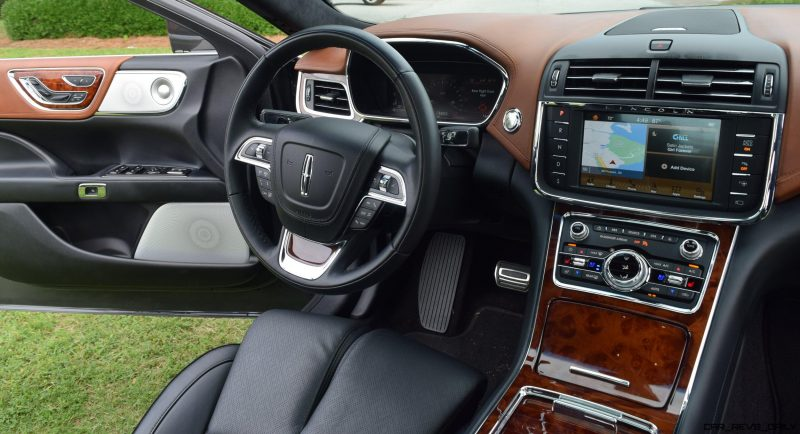 Lincoln Continental 2017 Interior 4