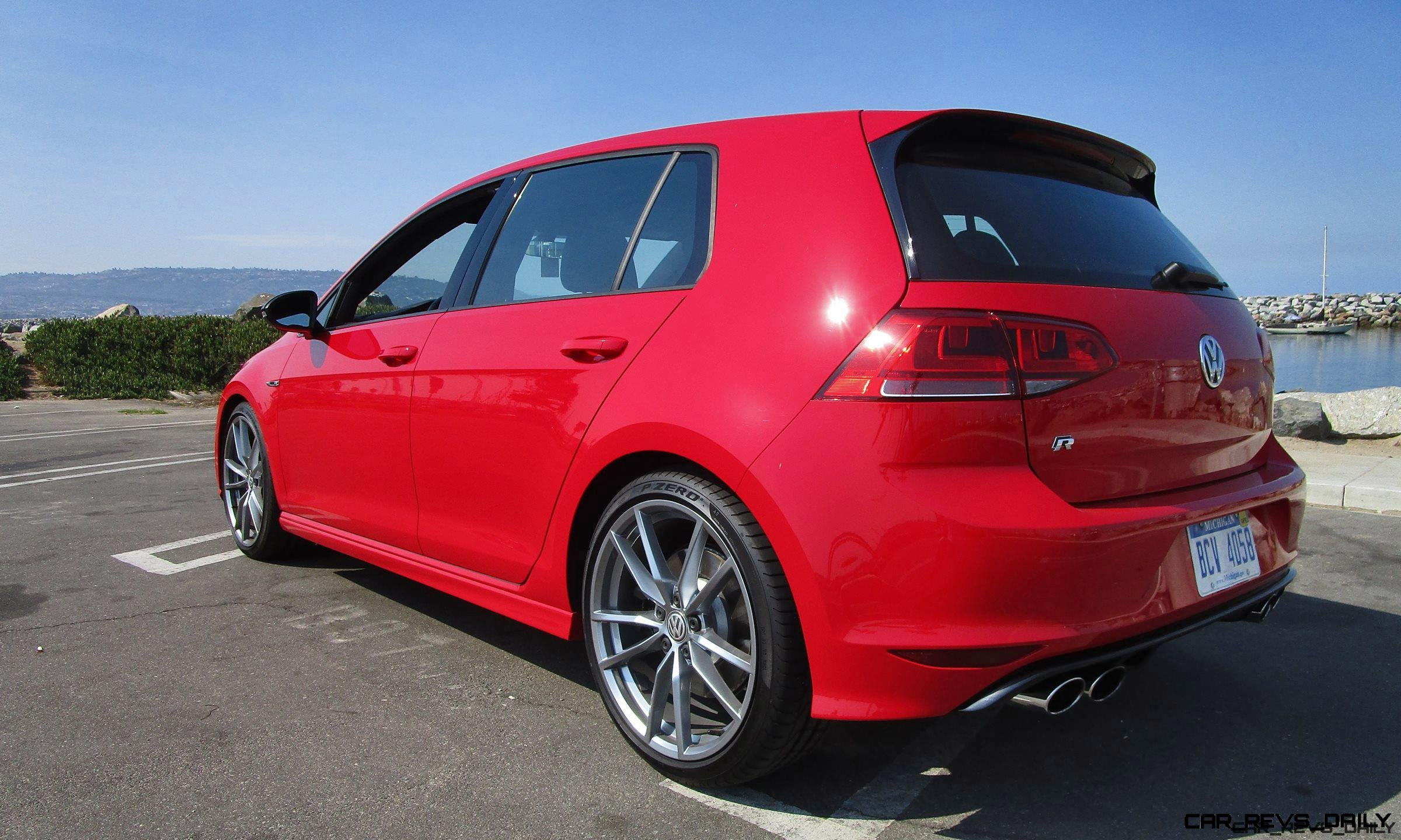 2017 VW Golf R w/ DCC & Nav - Road Test Review - By Ben Lewis