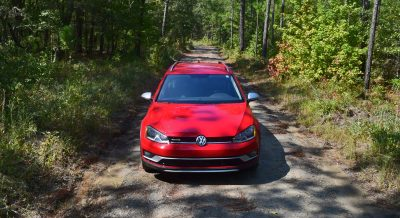 2017 VW Golf Alltrack S 3