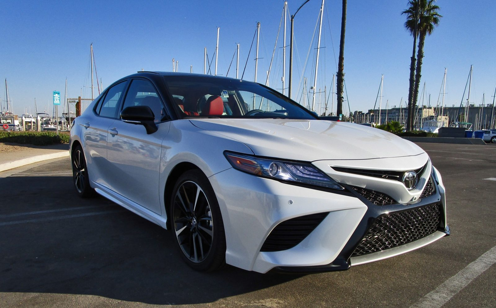 Toyota Camry Xse V6 2018 Price 2018 Toyota Camry Prices And Fuel Economy More Money Power Mpgs