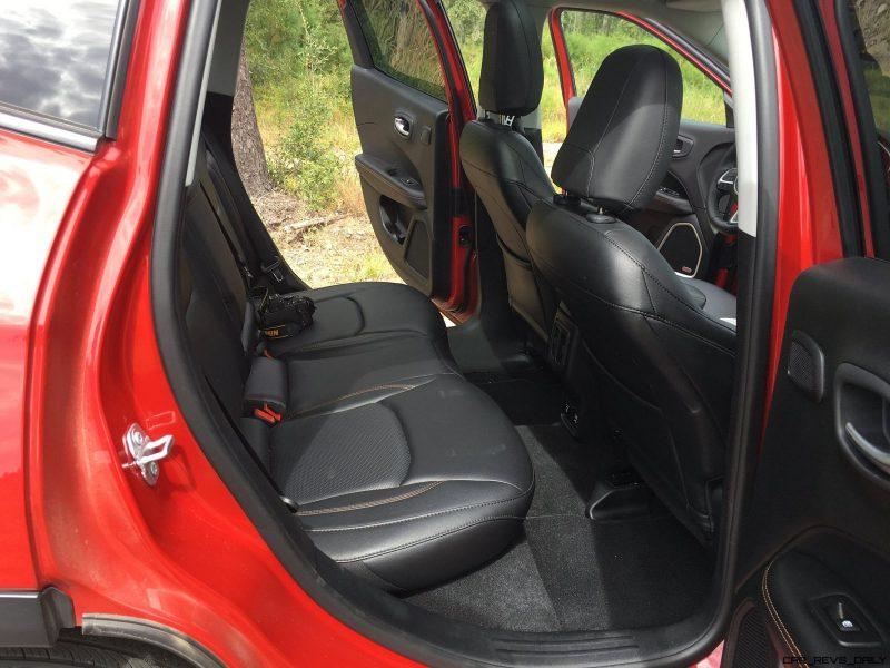 Jeep Compass Review Interior Photos 13