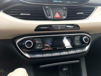 2018 Hyundai Elantra GT Interior 11