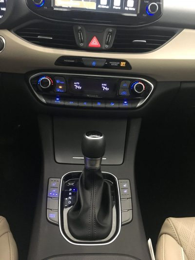 2018 Hyundai Elantra GT Interior 4