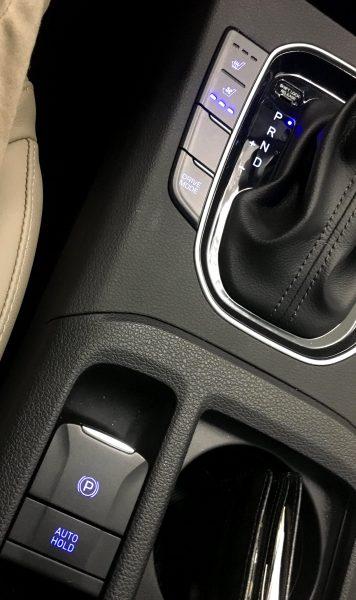 2018 Hyundai Elantra GT Interior 6