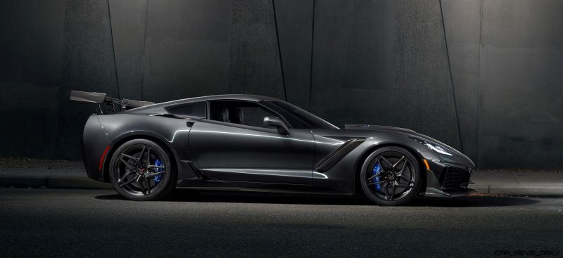 2019-Chevrolet-Corvette-ZR1-001
