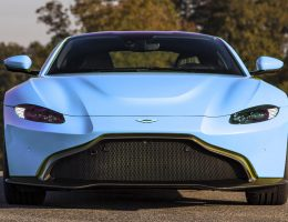2018 Aston Martin VANTAGE – Fantasy Colorizer in 50 Candy Paints