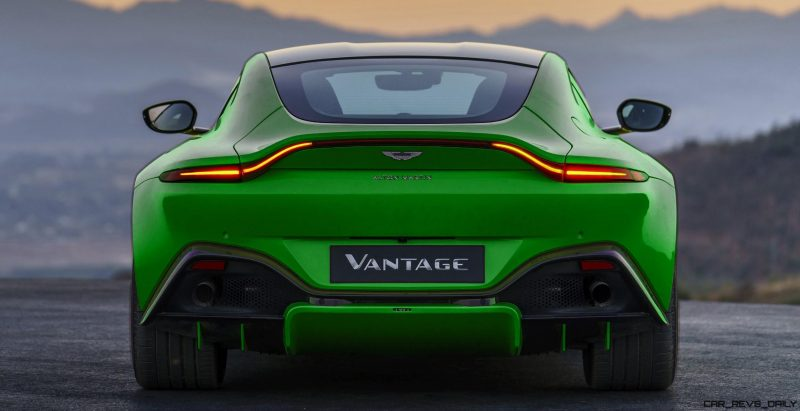 Aston-Martin-Vantage_Lime-Essence_01-tiletdfgb_004