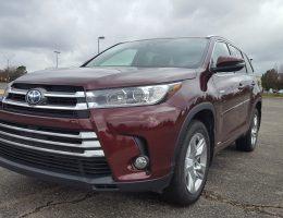 Road Test Review – 2017 Toyota Highlander Hybrid Limited AWD – By Carl Malek