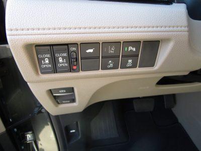 2018 Honda ODYSSEY Elite 24