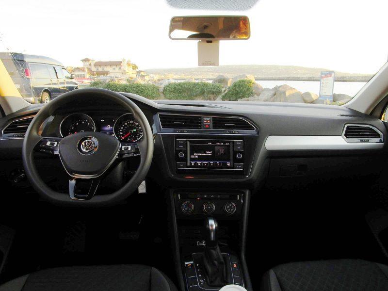 2018 VW Tiguan S 21