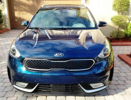 "2017 Kia NIRO Touring – Road Test Review – By Ken ""Hawkeye"" Glassman"