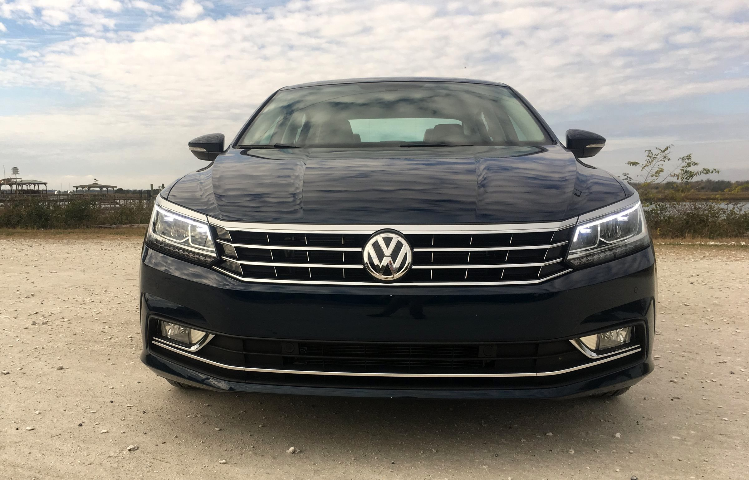 2018 vw passat se 2 0t w technology road test review. Black Bedroom Furniture Sets. Home Design Ideas