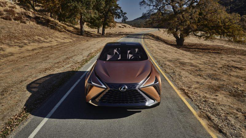 Lexus_LF1_Limitless_11_160F73A9A032ECE72B42E561AAC832EFCC92CBB4_tn