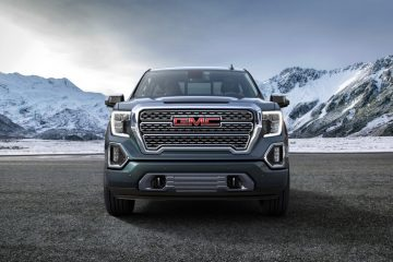 GMC Unveils 2019 Sierra, Features CarbonPro Bed and MultiPro Tailgate
