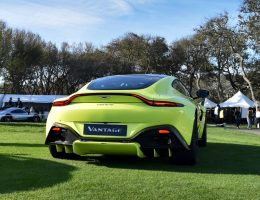 2019 Aston Martin VANTAGE – Photo Flyaround w/ LEDs Lit
