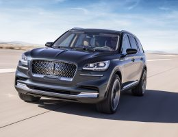 Lincoln Aviator Unveiled, Brings Host Of Surprises To New York