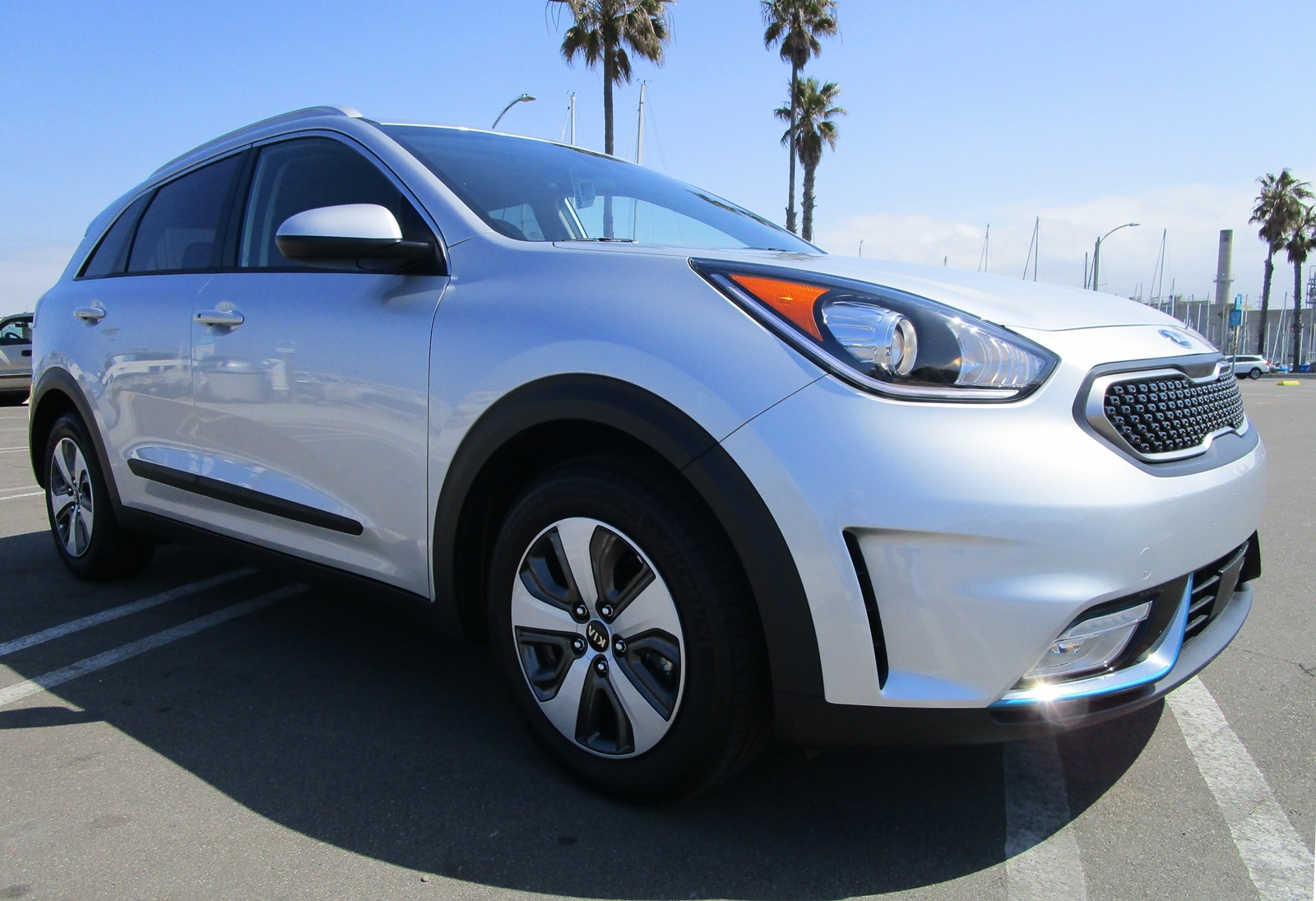 2018 kia niro phev lx 240mpg road test review by ben. Black Bedroom Furniture Sets. Home Design Ideas