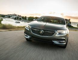 Buick Reveals 2019 Regal Avenir