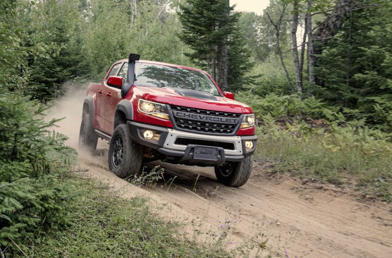 2019-Chevrolet-Colorado-ZR2-Bison-001