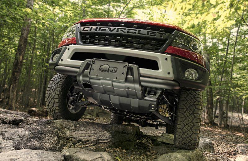 2019-Chevrolet-Colorado-ZR2-Bison-003