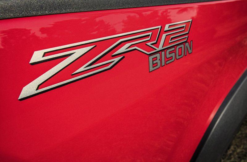 2019-Chevrolet-Colorado-ZR2-Bison-009