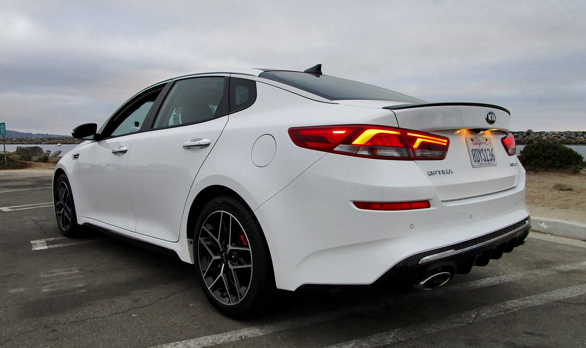 2019 kia optima sx turbo road test review by ben lewis. Black Bedroom Furniture Sets. Home Design Ideas