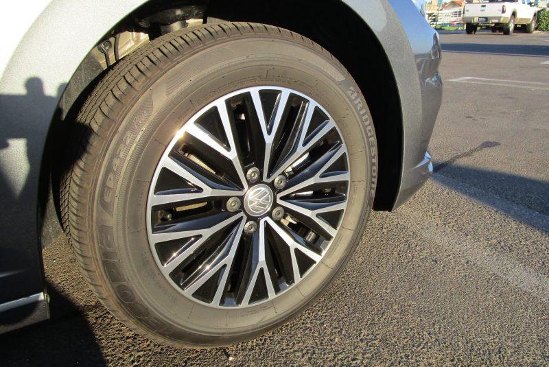 2019 VW Jetta 3