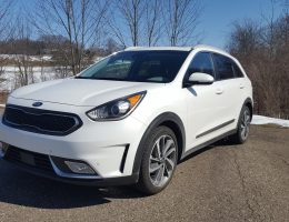 Road Test Review – 2018 Kia Niro Touring – By Carl Malek