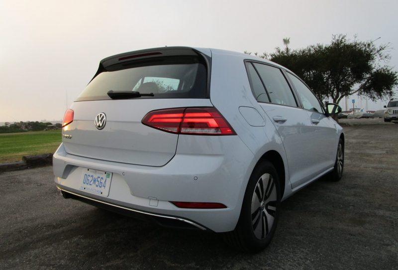 VW e-Golf 14