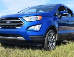 2018 Ford EcoSport 2.0L Titanium AWD – Road Test Review w/ Drive Video