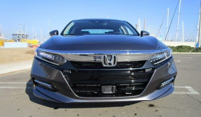 2018 Honda Accord Hybrid Touring 11