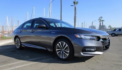 2018 Honda Accord Hybrid Touring 12