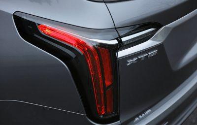 2020-Cadillac-XT6-Sport-003