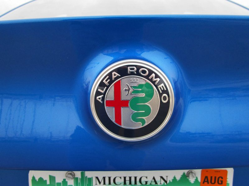 Alfa Romeo Giulia TI Sport 10