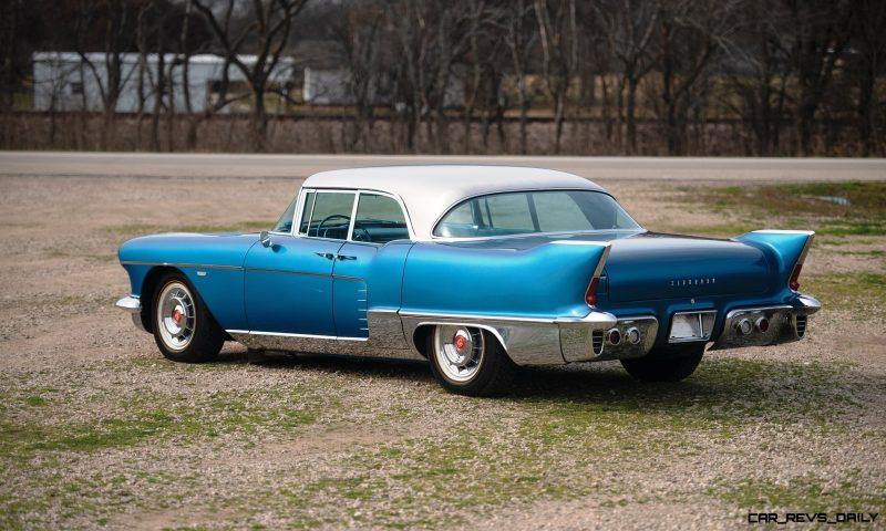 1957-Cadillac-Eldorado-Brougham_1