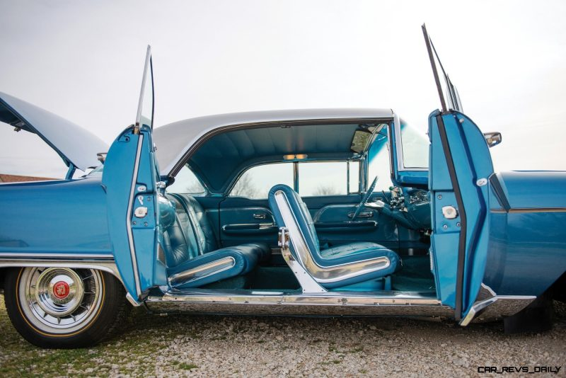 1957-Cadillac-Eldorado-Brougham_27