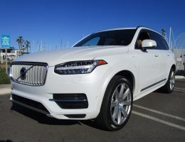 2019 Volvo XC90 T8 E-AWD – Road Test Review – By Ben Lewis
