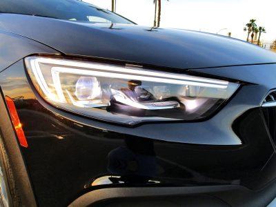 2019 Buick Regal TourX 2