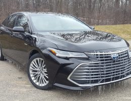 Road Test Review - 2019 Toyta Avalon Limited Hybrid- By Carl Malek