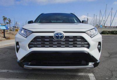 2019 Toyota RAV4 XSE Hybrid 30