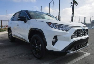 2019 Toyota RAV4 XSE Hybrid 7