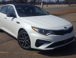 Road Test Review – 2019 Kia Optima SX Turbo – By Carl Malek