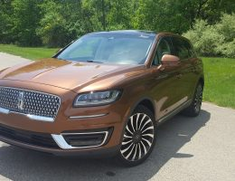 Road Test Review - 2019 Lincoln Nautilus Black Label - By Carl Malek