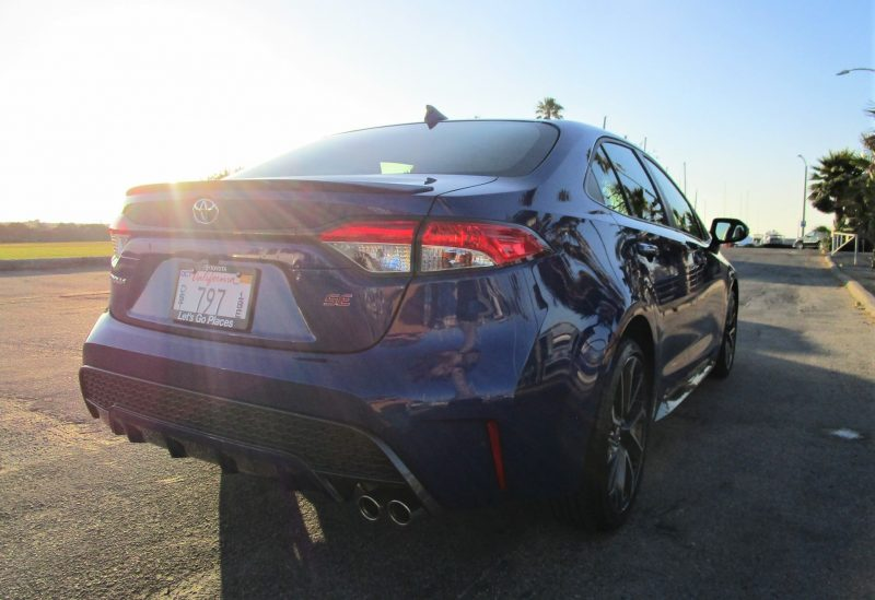 2020 Toyota Corolla Se 6 Speed Manual Sedan Review By