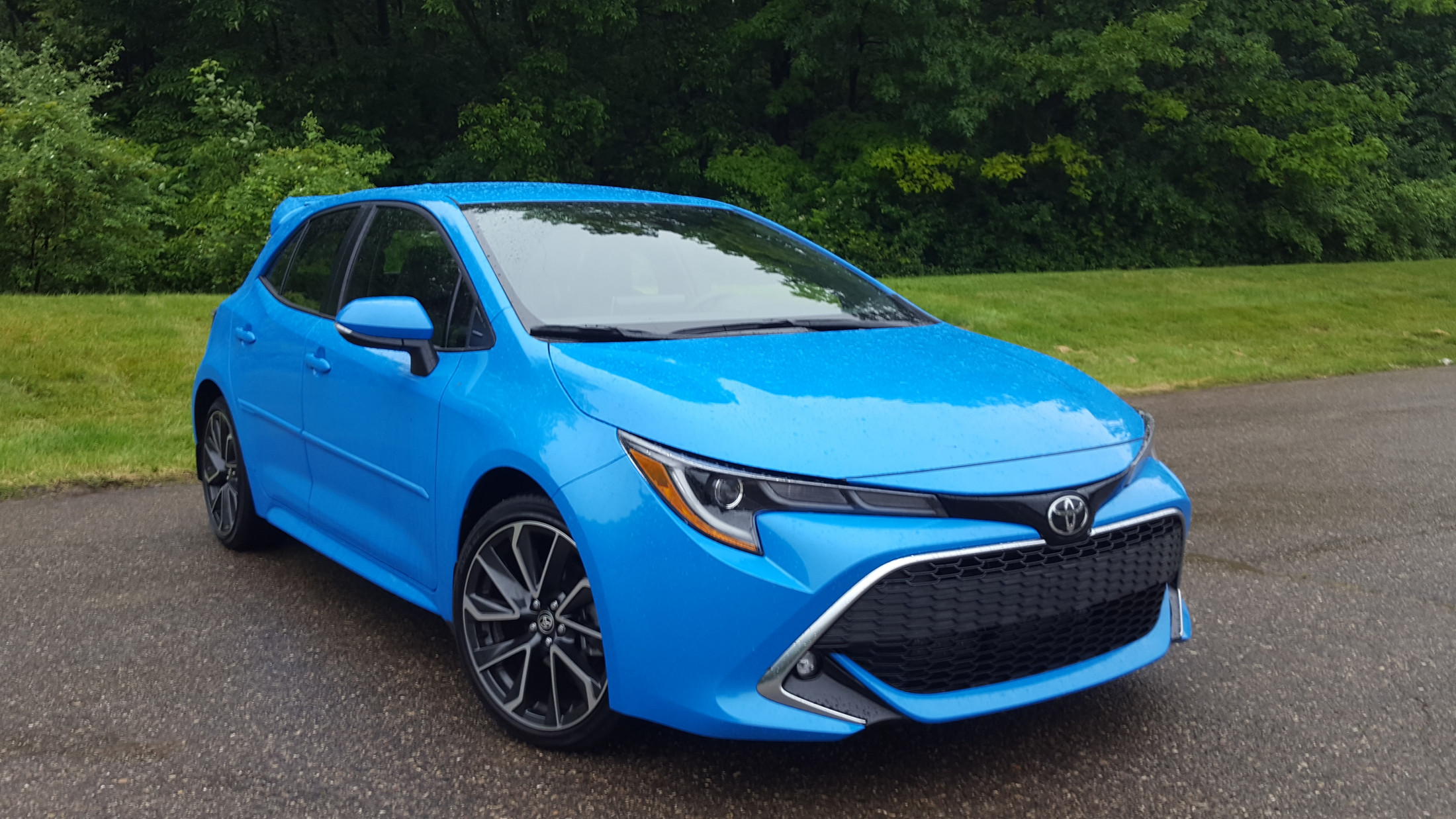 Road Test Review - 2019 Toyota Corolla Hatchback XSE 6-Speed Manual