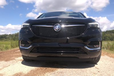 2020 Buick Enclave ST - Road Test Review + Drive Video » Best of 2019 Awards » Car-Revs-Daily.com