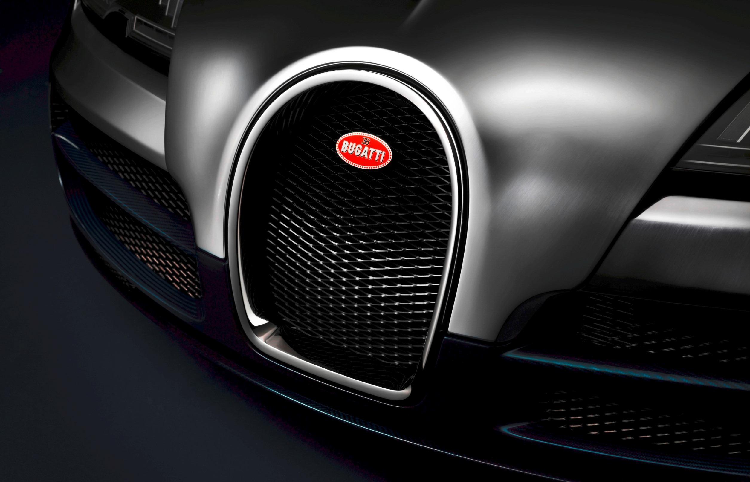 005_Legend_Ettore_Bugatti_Platinum_Horseshoe