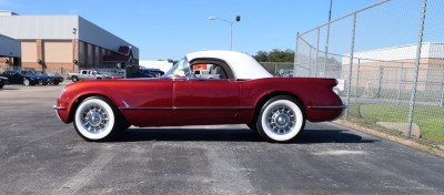 1953 Chevrolet Corvette Bubble Hardtop - 1989 Replica Vehicle 12
